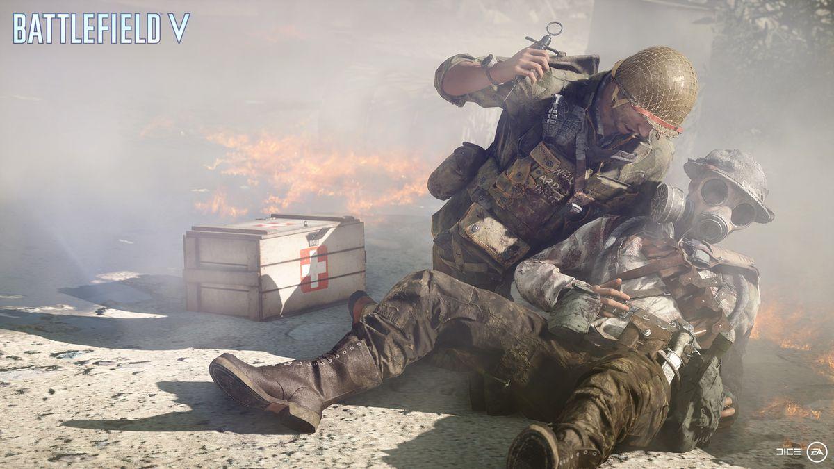 Battlefield 5 - medic healing an ally