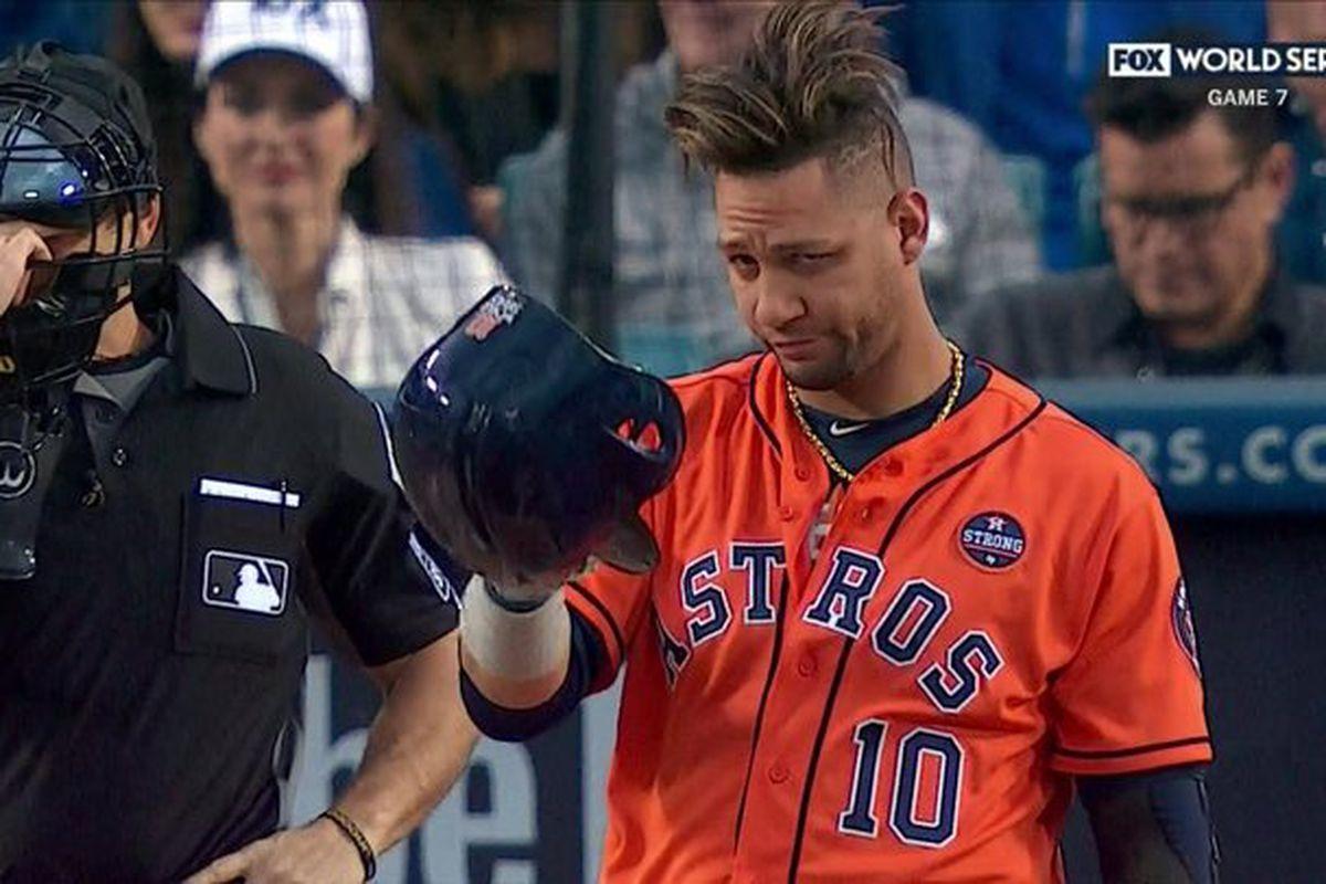 World Series Game 7  Yuli Gurriel tips helmet to Yu Darvish in first ... 1e71ffb6f0f