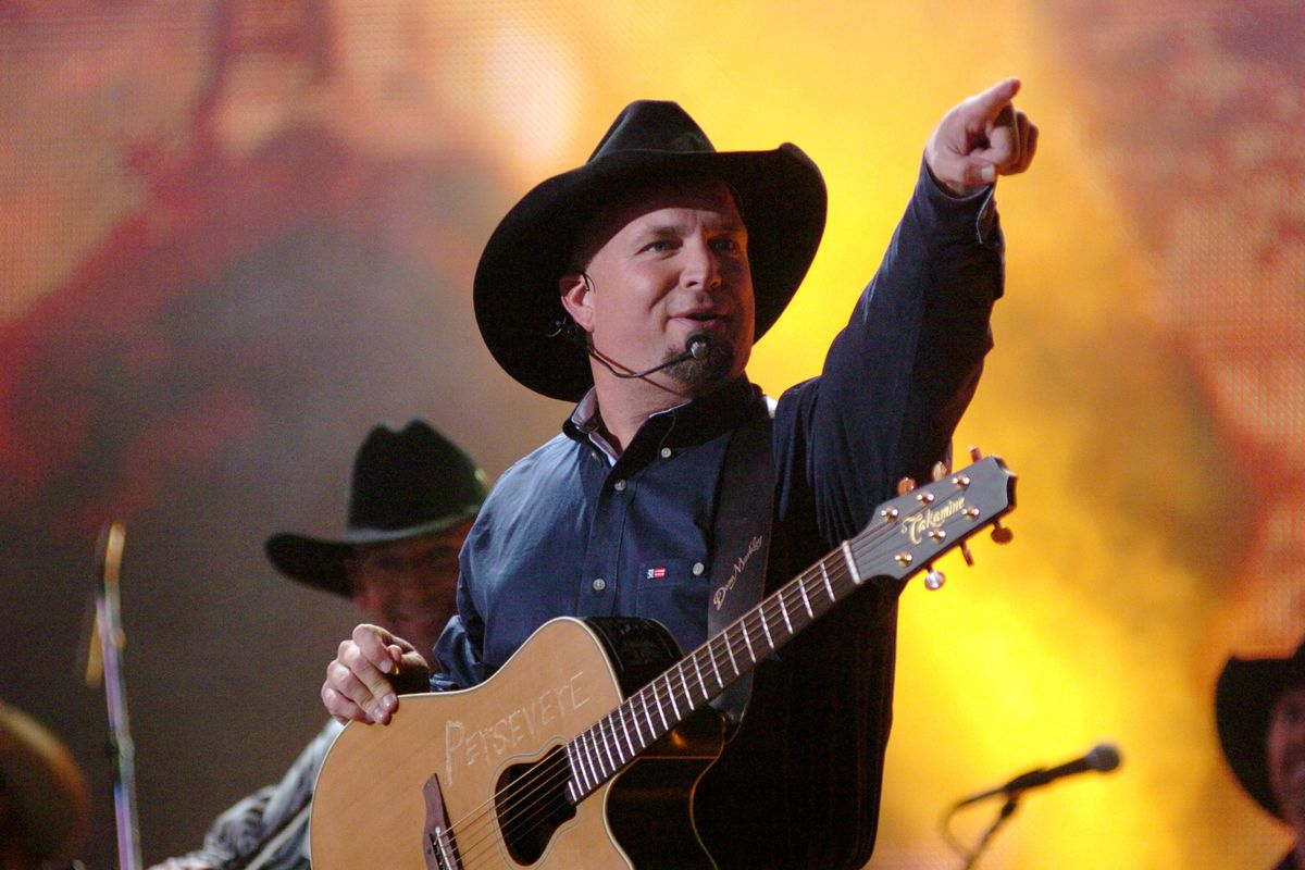 How Garth Brooks managed to upset the city of Dublin - Vox