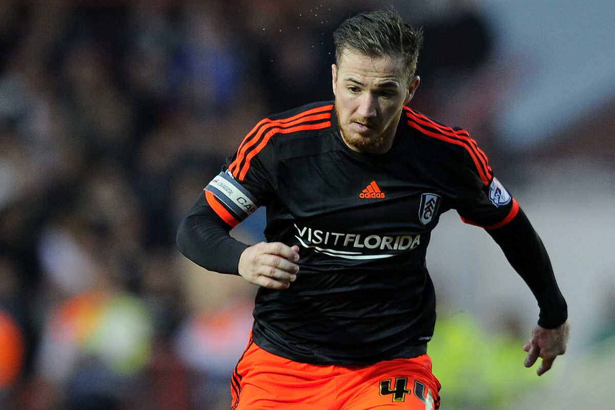 Ross McCormack plays for Fulham during this year's Championship campaign.