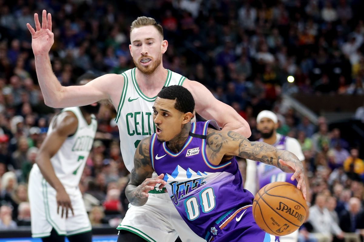 De hecho Enfermedad infecciosa Hecho un desastre  Jazz fans continue recent treatment of Gordon Hayward as Celtics ...