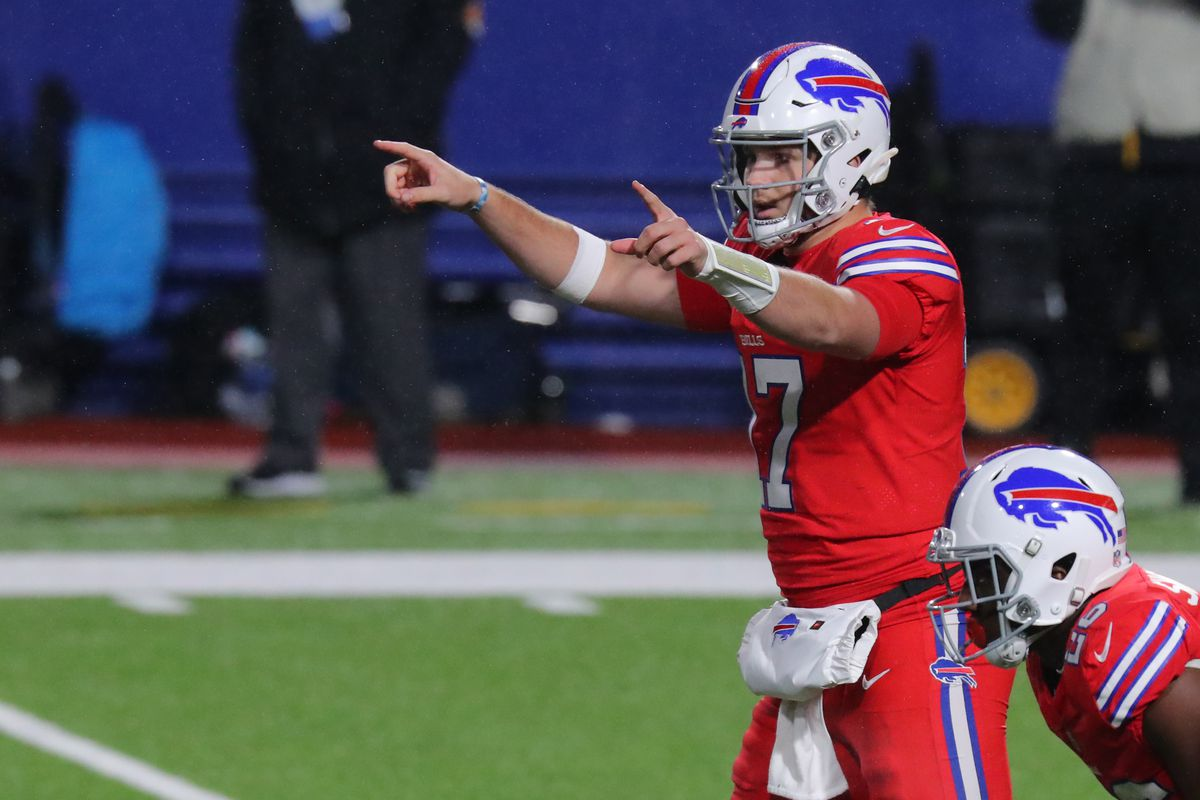 Josh Allen calls a play against the Pittsburgh Steelers at Bills Stadium on December 13, 2020 in Orchard Park, New York.