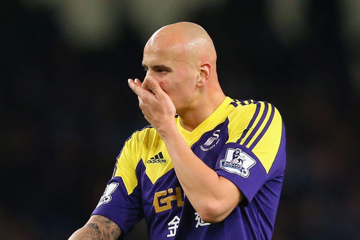 Jonjo checking whether he already washed his hand after going number two