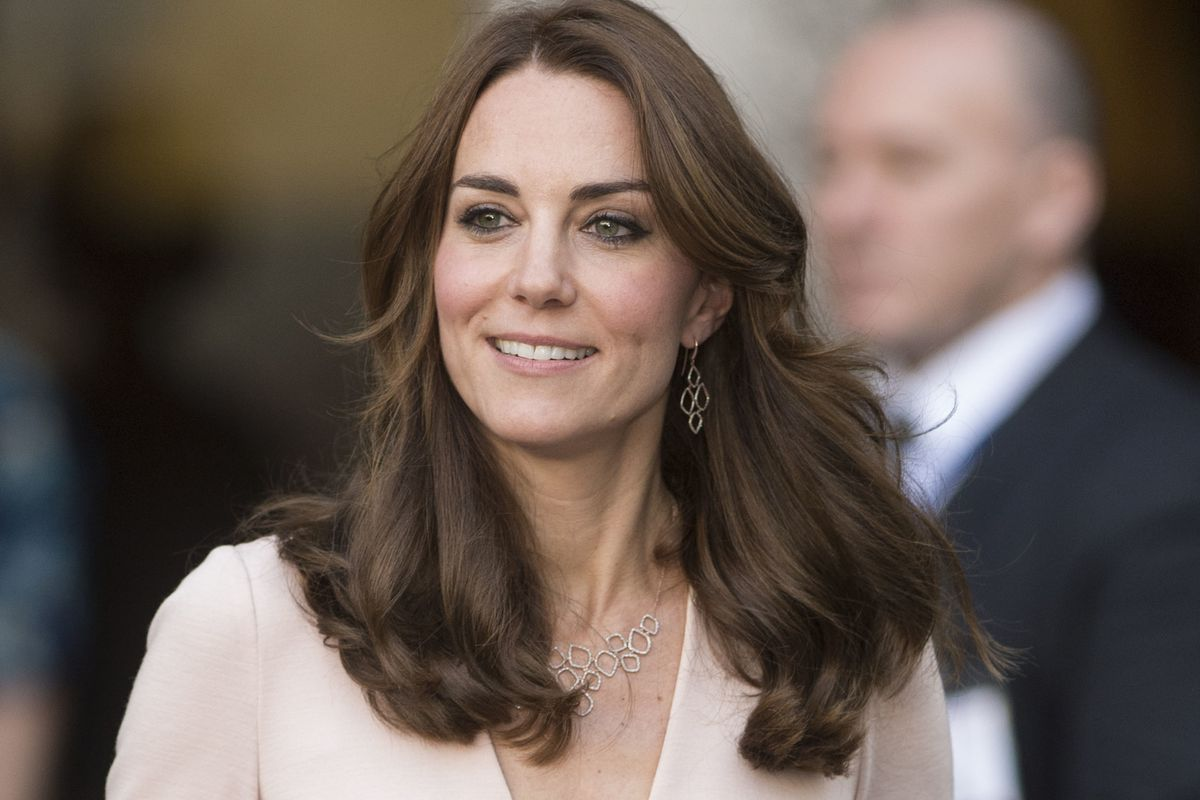 Some People Deeply Upset By Kate Middletons Hair Racked