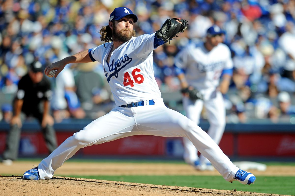 Did you know Josh Fields was now with the Dodgers?  I didn't know Josh Fields was with the Dodgers.  Go Dodgers!