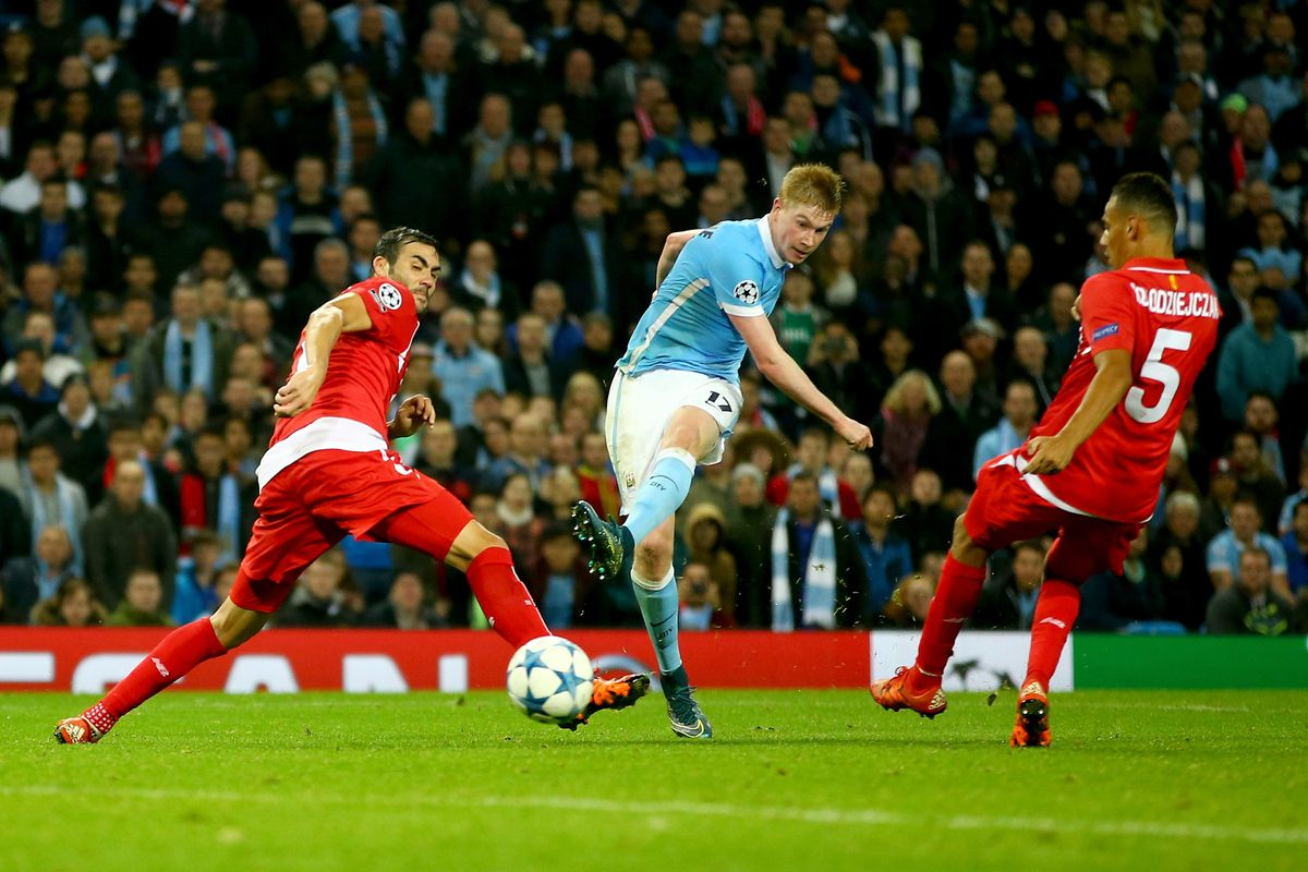 Kevin De Bruyne of Manchester City scores his team's second goal during the UEFA Champions League Group D match between Manchester City and Sevilla at Etihad Stadium on October 21, 2015 in Manchester, United Kingdom.