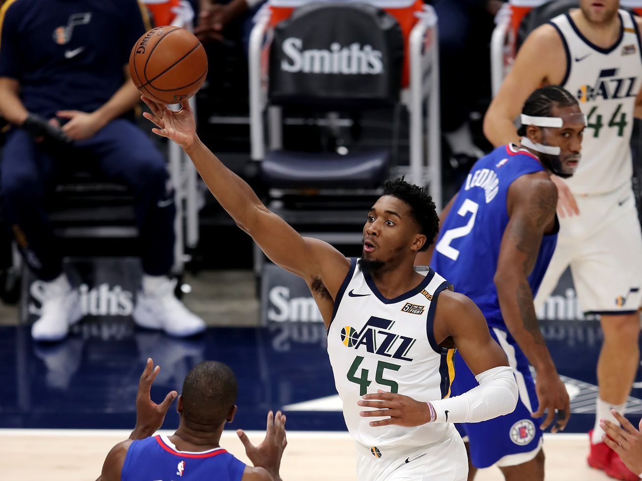 'If he's not scoring, what else can he do?': TNT halftime crew debates Donovan Mitchell's stardom