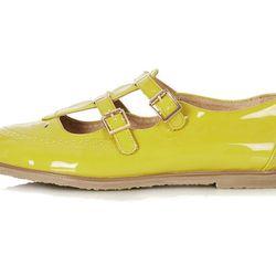 """<b>Topshop</b> Margate Double Buckle Geek Shoes, <a href=""""http://us.topshop.com/en/tsus/product/shoes-70484/flats-70513/margate-double-buckle-geeks-2610376?bi=1&ps=200"""">$64</a>"""