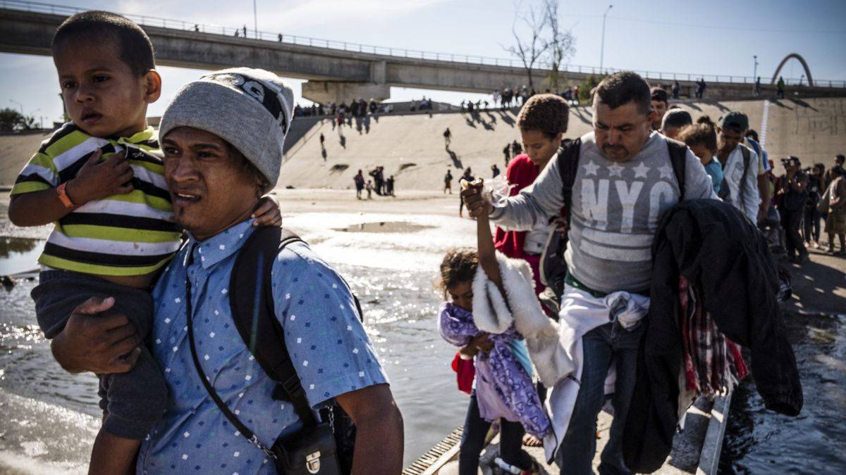 Border crisis: Trump is forcing legal asylum seekers to wait