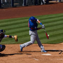Kris Bryant connects -
