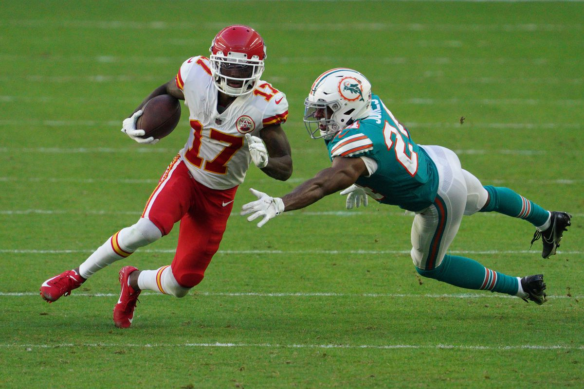 Mecole Hardman #17 of the Kansas City Chiefs in action against the Miami Dolphins at Hard Rock Stadium on December 13, 2020 in Miami Gardens, Florida.