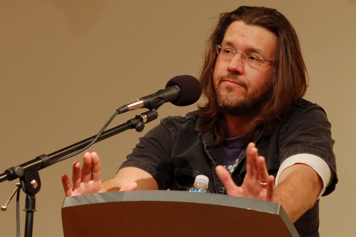 """David Foster Wallace, delivering the commencement speech that would become """"This is Water."""""""
