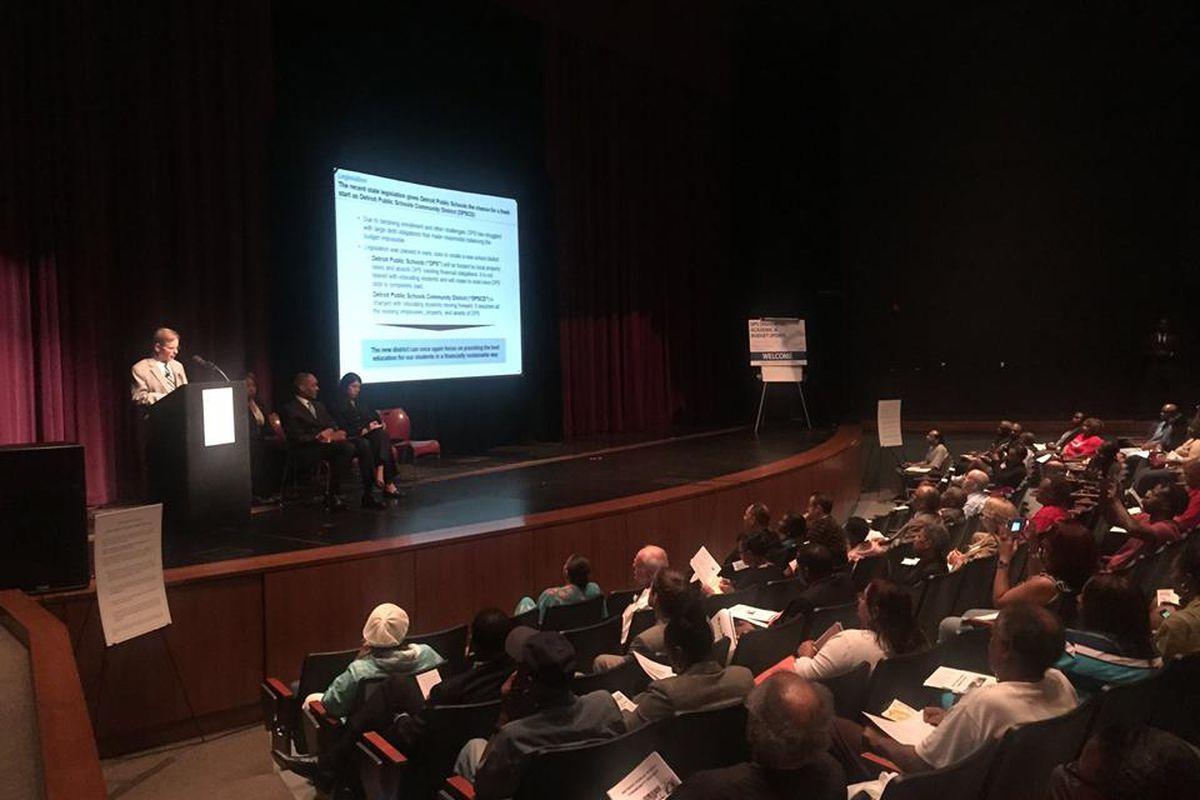 Detroit Public Schools Manager Steven Rhodes answers questions about Detroit's new school district (Photo by Erin Einhorn/Chalkbeat)