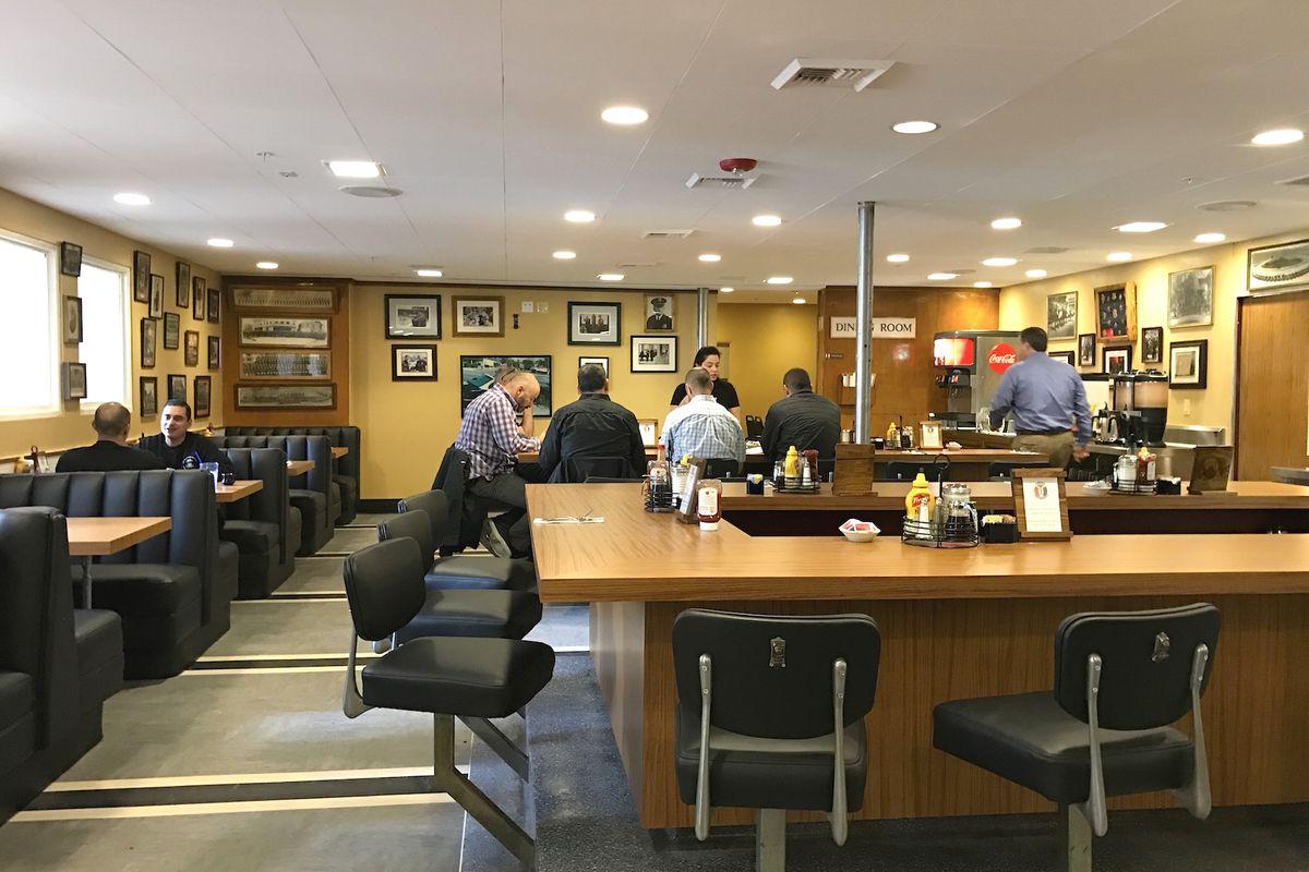 Blue Hills Cafe Hours