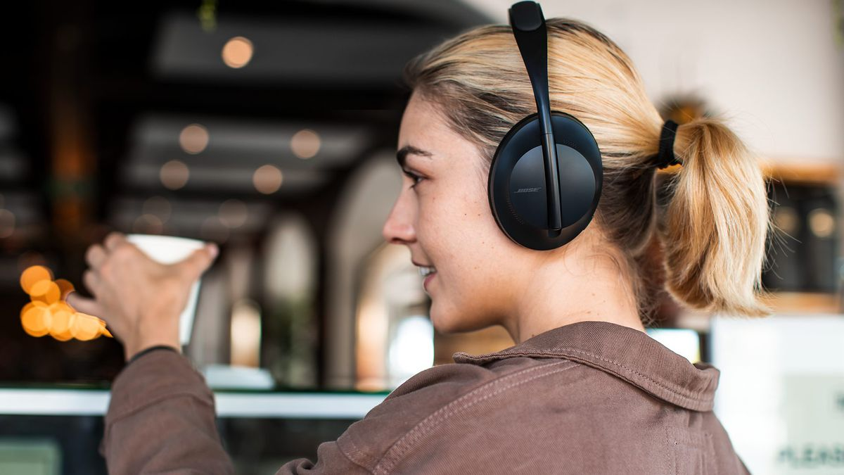 Bose's Noise Cancelling Headphones 700 have the upgrades we've been