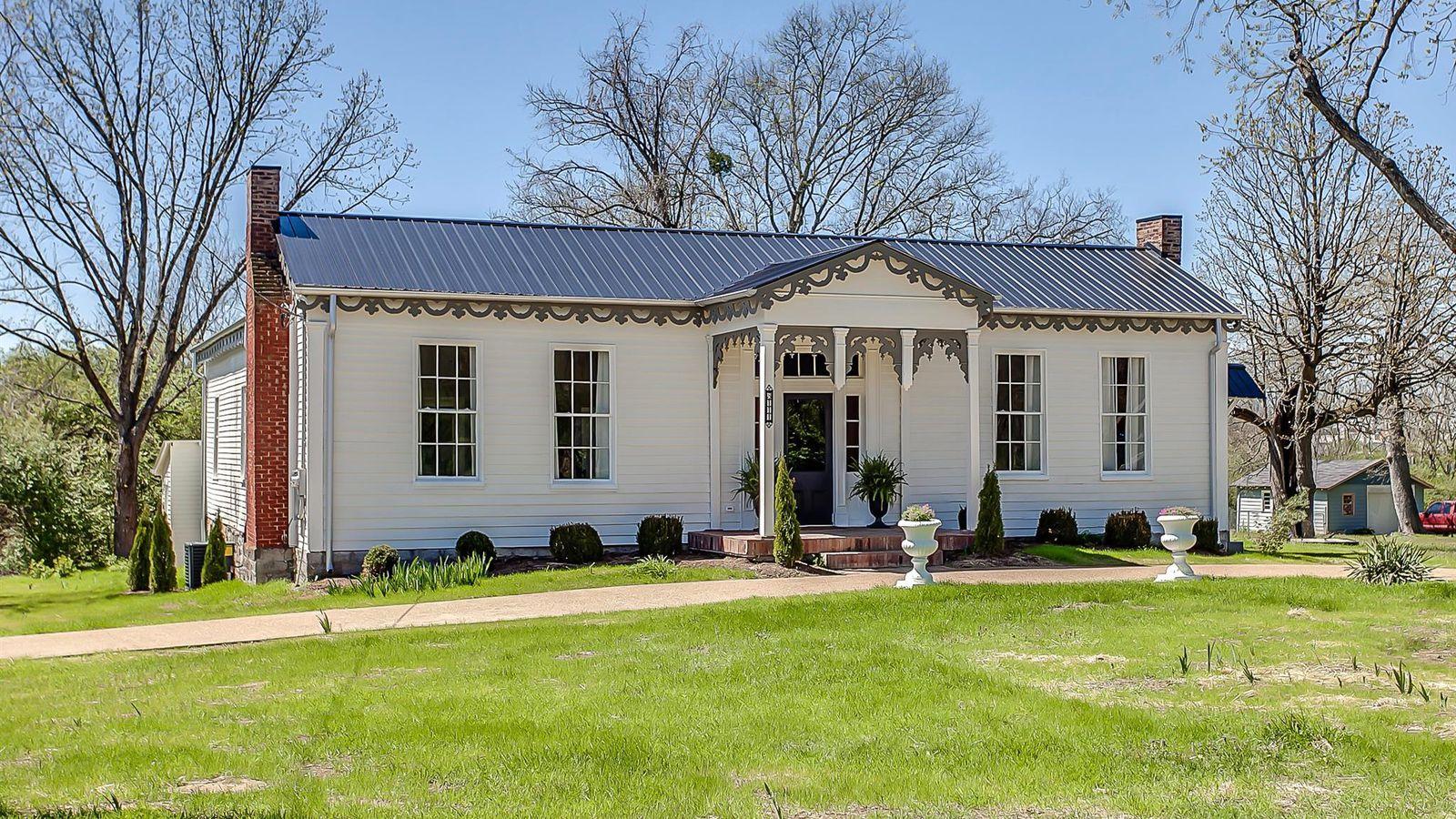 Incredibly restored 1860 nashville home asks 440k curbed for Franks homes in nashville nc