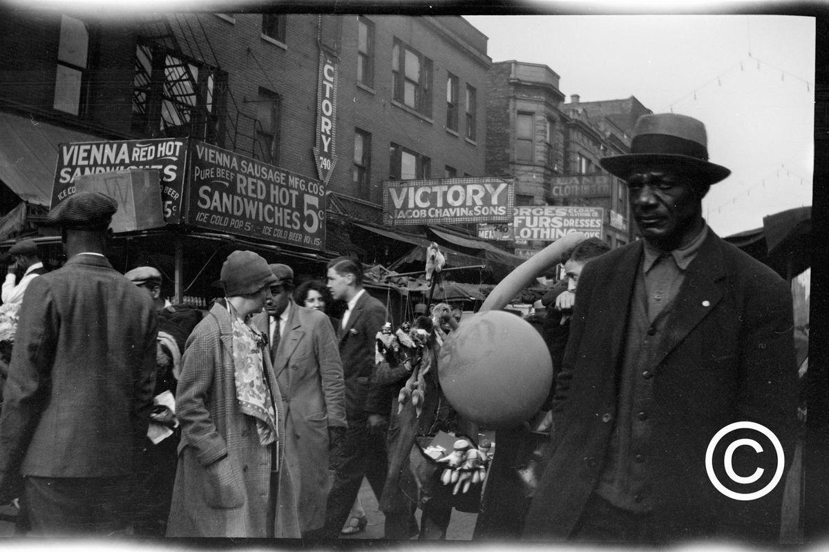 Hundreds of newly public old photos showcase everyday life in 1920s Chicago