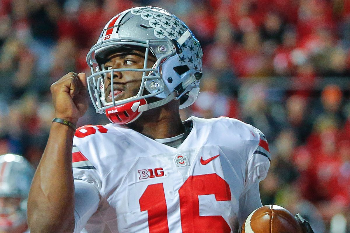 J.T. Barrett returns as the starting quarterback after serving his one-game suspension.