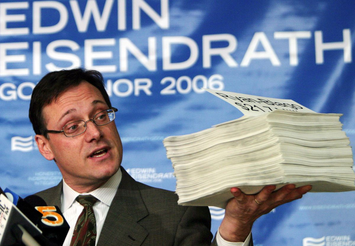 Edwin Eisendrath speaks at a press conference in 2006, when he mounted a failed bid to unseat Rod Blagojevich in the Democratic primary for governor. Eisendrath is now leading an effort to bid on the Chicago Sun-Times.   AP File Photo/Joshua Lott