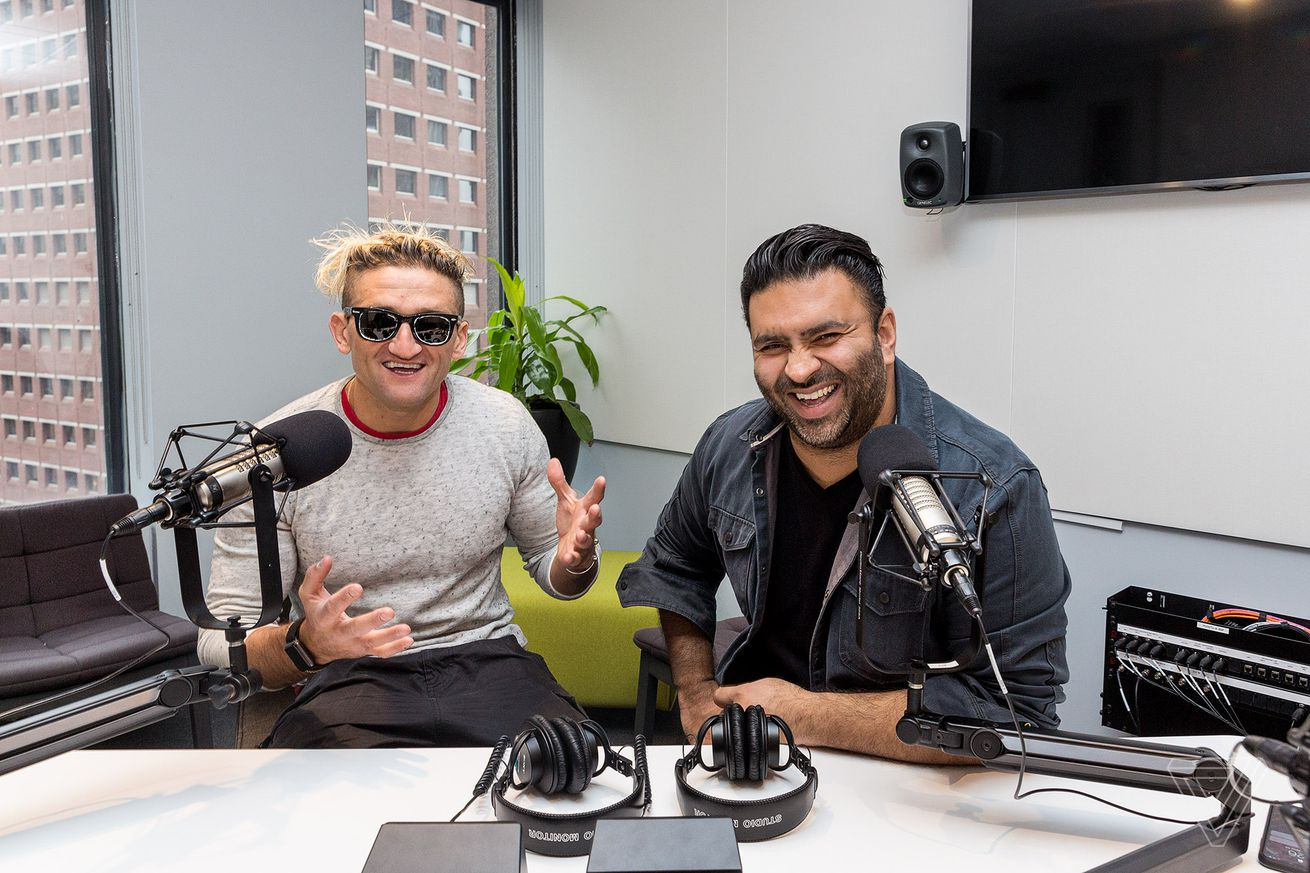casey neistat says youtube is vulnerable to twitch