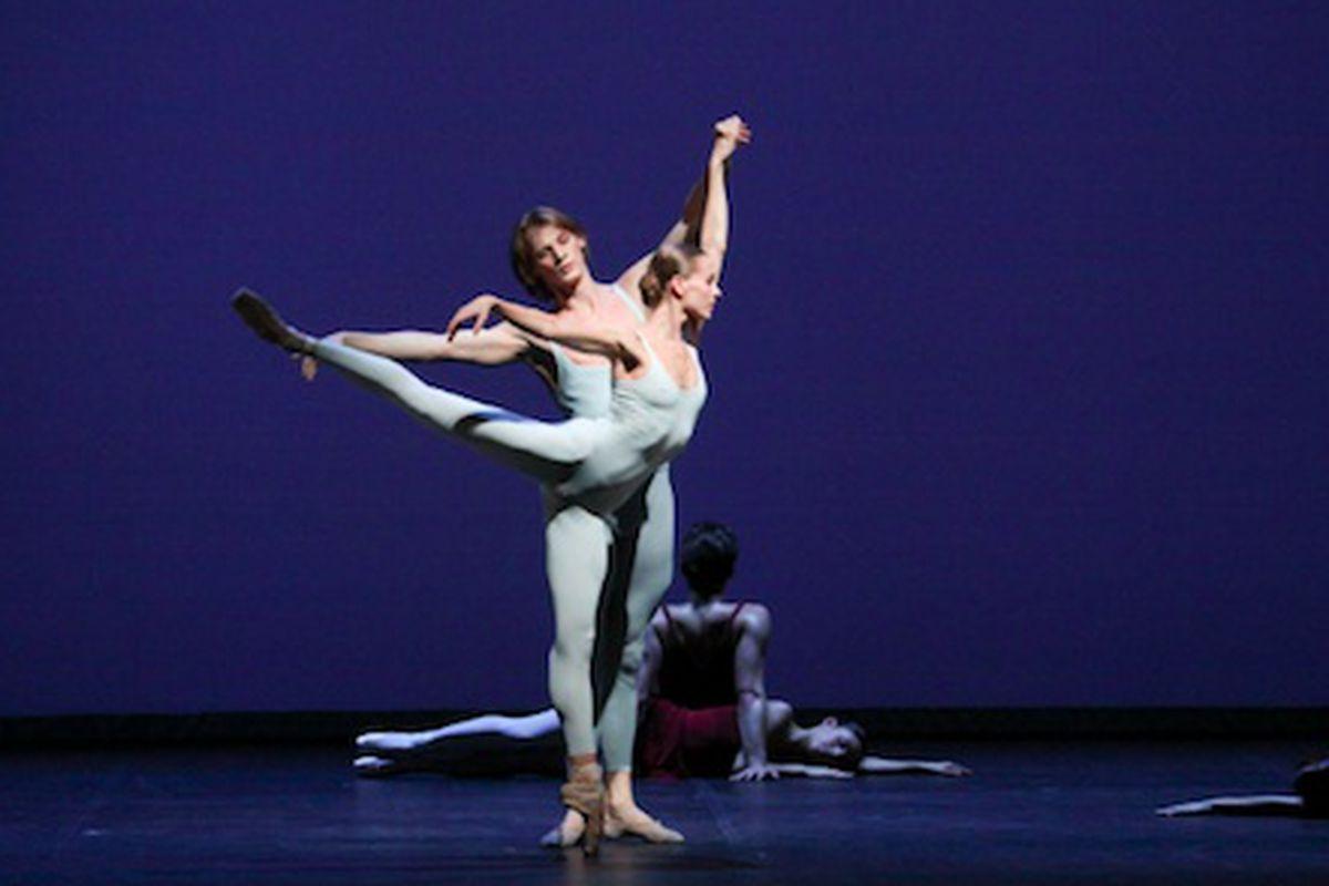 Photo: Hamburg Ballet Dancers Anna Laudere and Edvin Revazov, Copyright by Holger Badekow