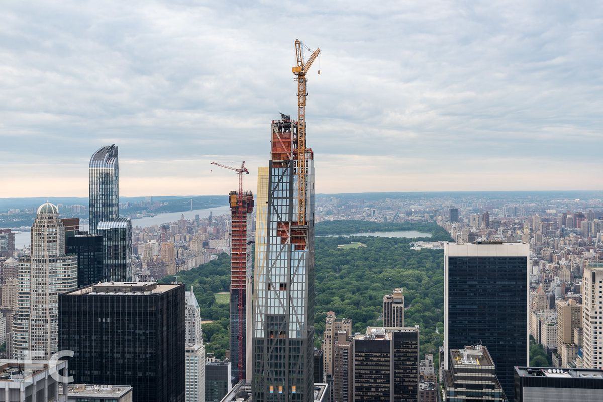 Chrysler Building Update: Jean Nouvel's 82-story MoMA Tower Tops Out