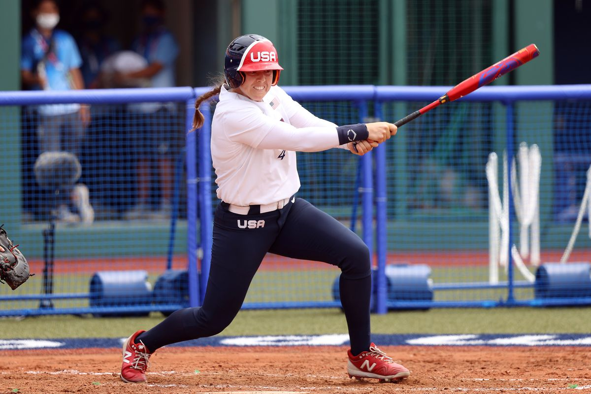 Amanda Chidester comes through with an RBI single to beat Team Canada 1-0.