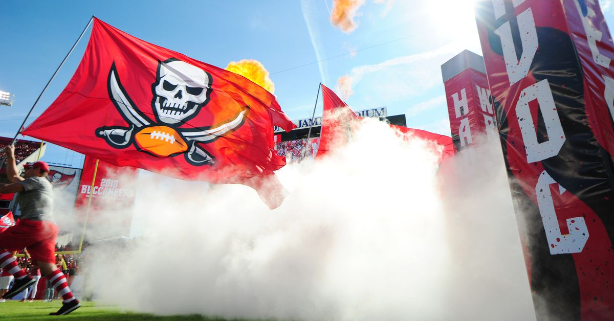 First quarter open thread for Week 14: Buccaneers vs. Colts