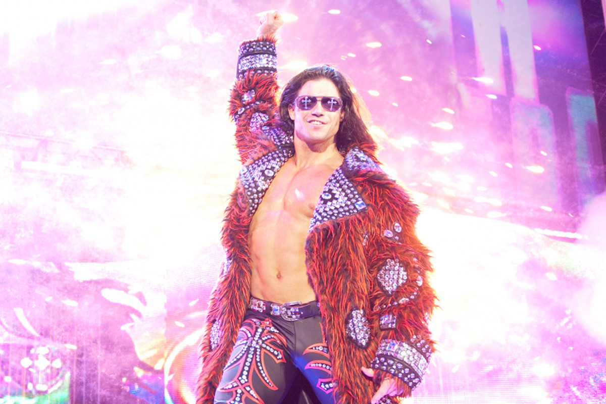 John Morrison signs with WWE
