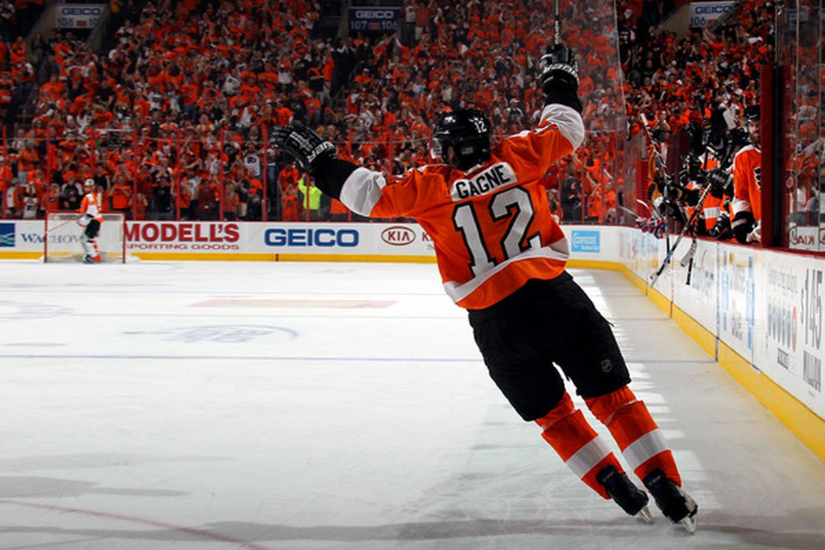 Simon Gagne traded back to Flyers (!) - Broad Street Hockey e7a231d3a
