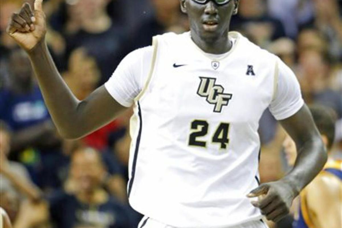 Central Florida center Tacko Fall (24) gives the thumbs up after making a shot against  UC Irvine during the first half of an NCAA college basketball game, Wednesday, Nov. 18, 2015, in Orlando, Fla.
