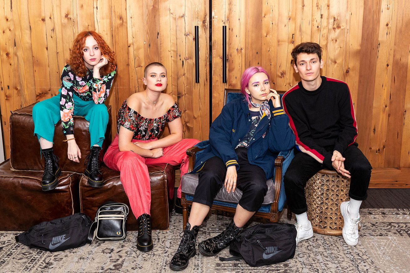 what s in your bag the regrettes