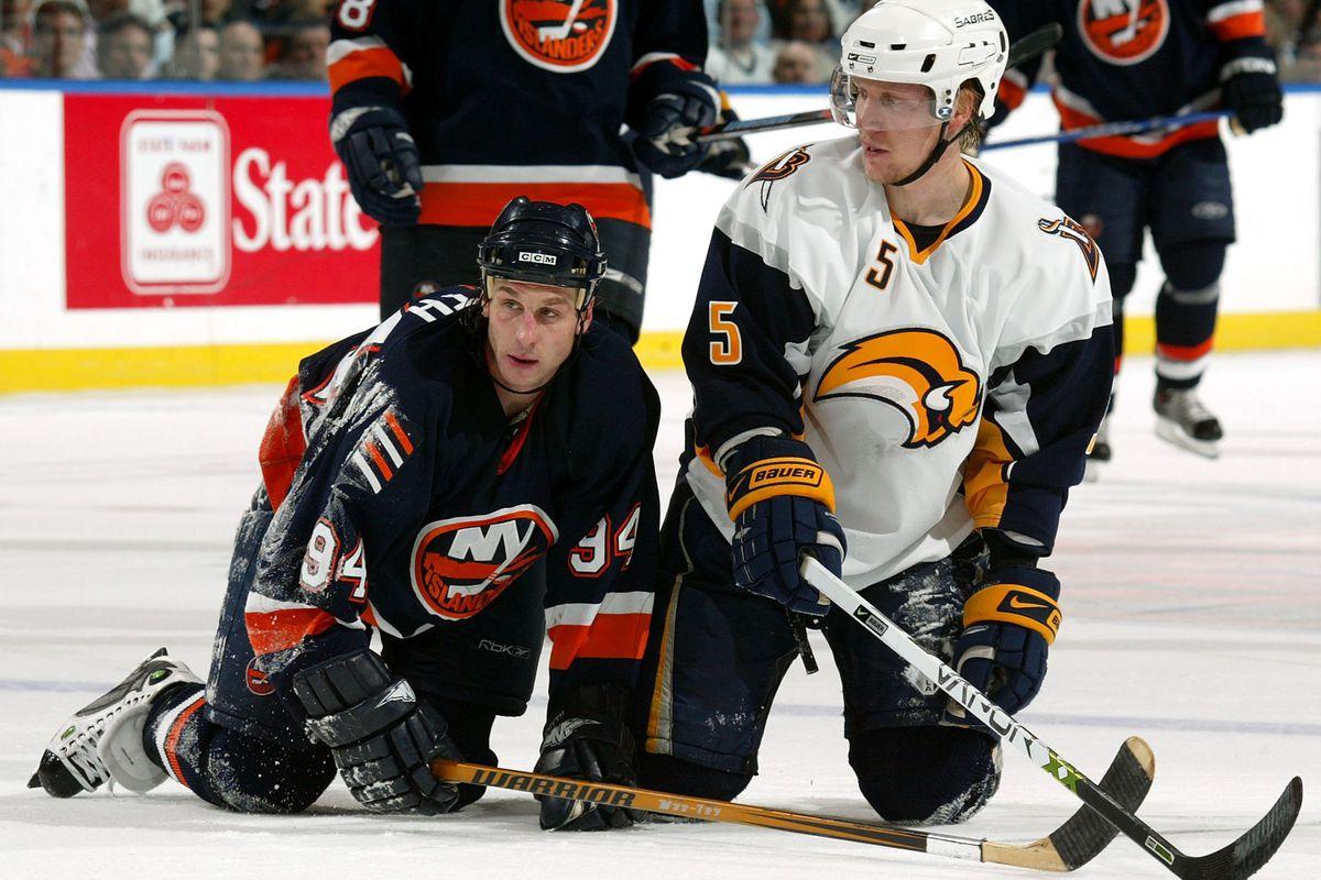Game 4 - Buffalo Sabres v New York Islanders