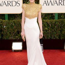 <i>Downton Abbey</i>'s Michelle Dockery in Alexandre Vauthier