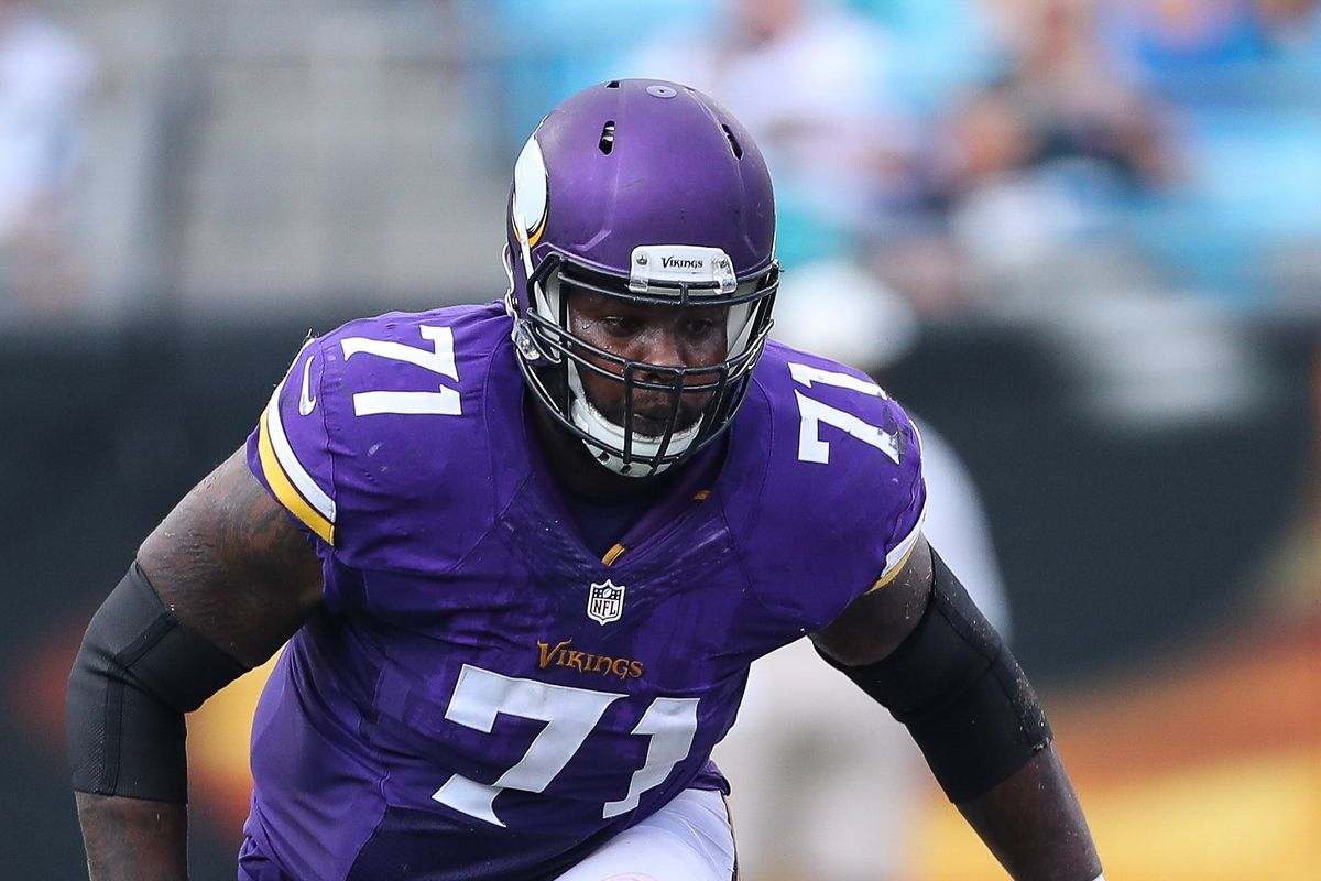 competitive price c2da8 9cc23 Andre Smith Suffers Arm Injury; Return Questionable - Daily ...