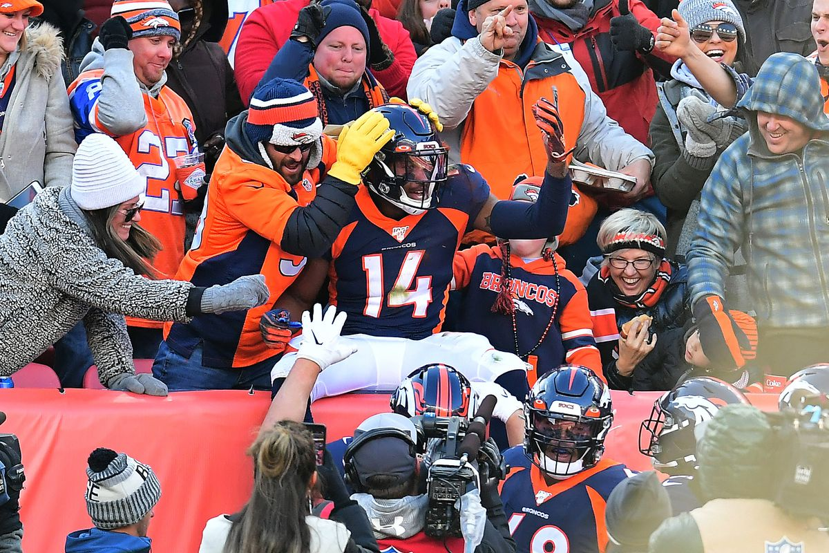 Denver Broncos wide receiver Courtland Sutton celebrates his touchdown reception in the first quarter against the Los Angeles Chargers at Empower Field at Mile High.