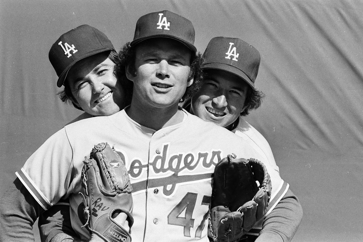 Andy Messersmith (center) would return to the Dodgers in 1979, after his arm was shot.