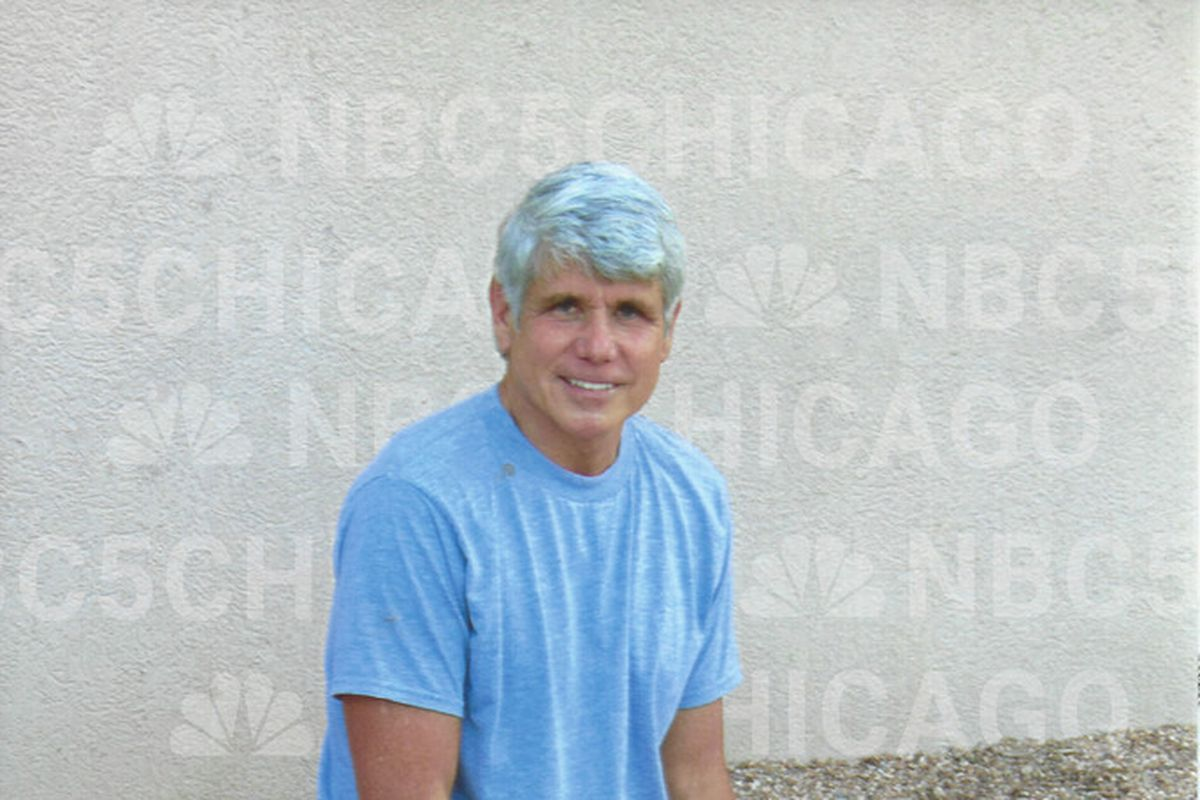 Trump continues to weigh commutation of former Gov.Rod Blagojevich's sentence