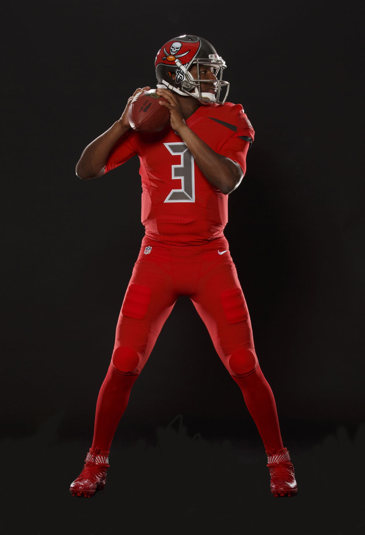 3fa333996 Buccaneers unveil new all-red uniforms for Nike Color Rush and ...