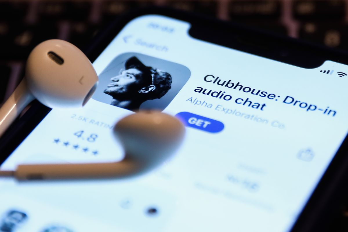 Clubhouse App Photo Illustrations