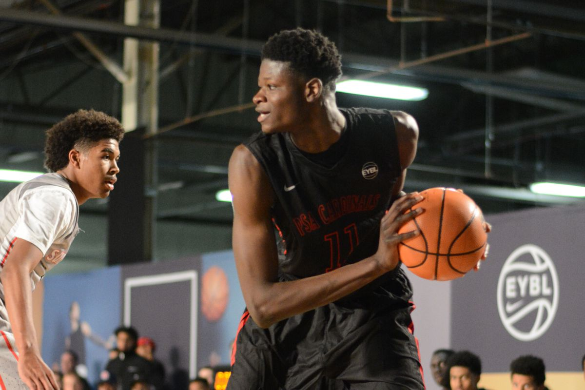 Star recruits DeAndre Ayton and Mohamed Bamba usher in AAU