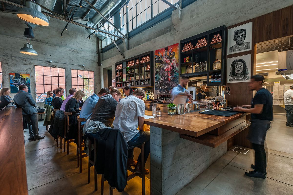 Majordomo, David Chang's industrial restaurant, teems with Los Angeles diners.
