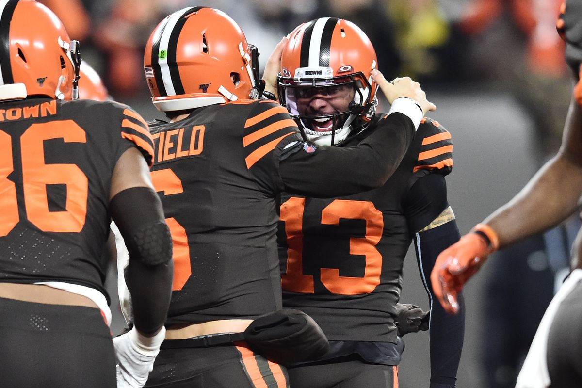 Cleveland Browns quarterback Baker Mayfield celebrates with wide receiver Odell Beckham after scoring a touchdown during the first half against the Pittsburgh Steelers at FirstEnergy Stadium.