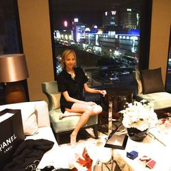 Soo Joo is in town for Culture Chanel so I stop by to say hello and ogle her Chanel goodies. Her suite has a gorgeous view of Dongdaemun and the night market.
