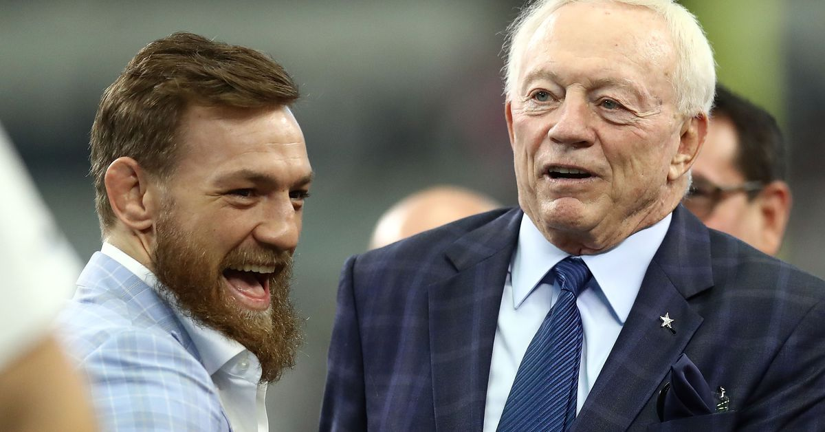 Video: Conor McGregor hangs out with Jerry Jones at Dallas Cowboys game - Bloody...