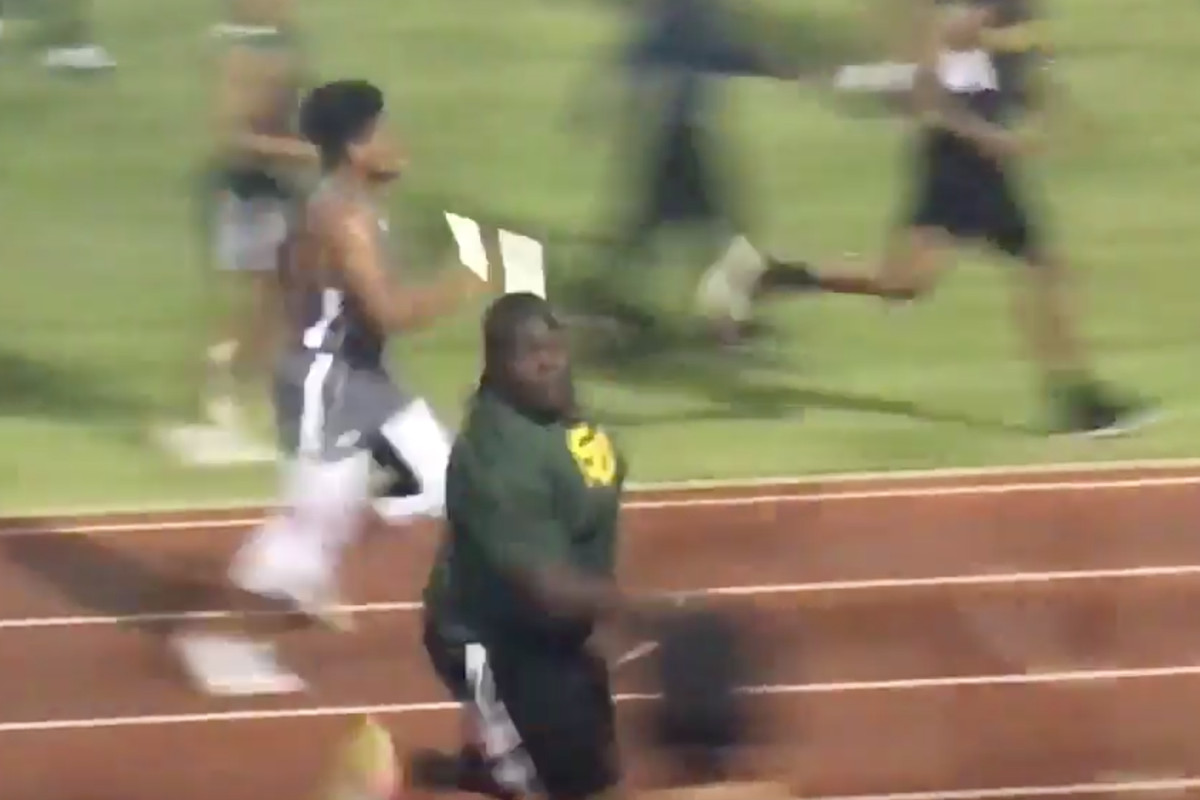 LETS WATCH A POUND LSU RECRUIT RUN A RELAY Every Day Should - Relay working principle video