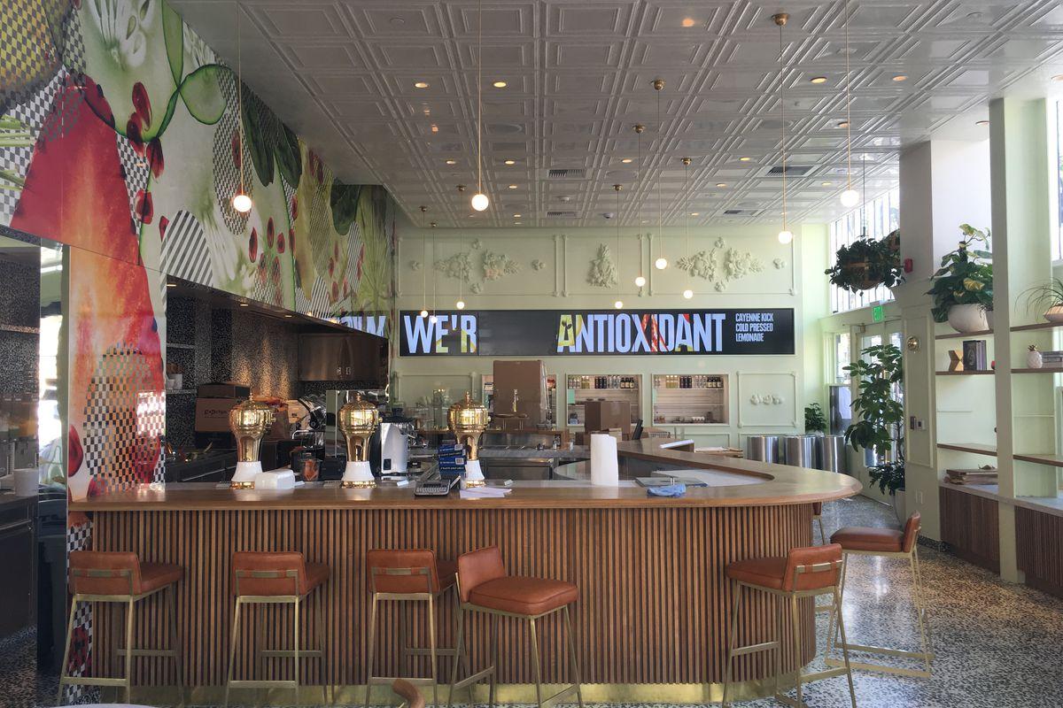 Jamba Juice Innovation Bar, Pasadena