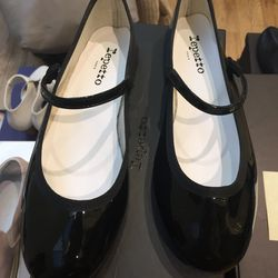 Repetto Mary Jane flats, size 38.5, $100.50 (from $335)