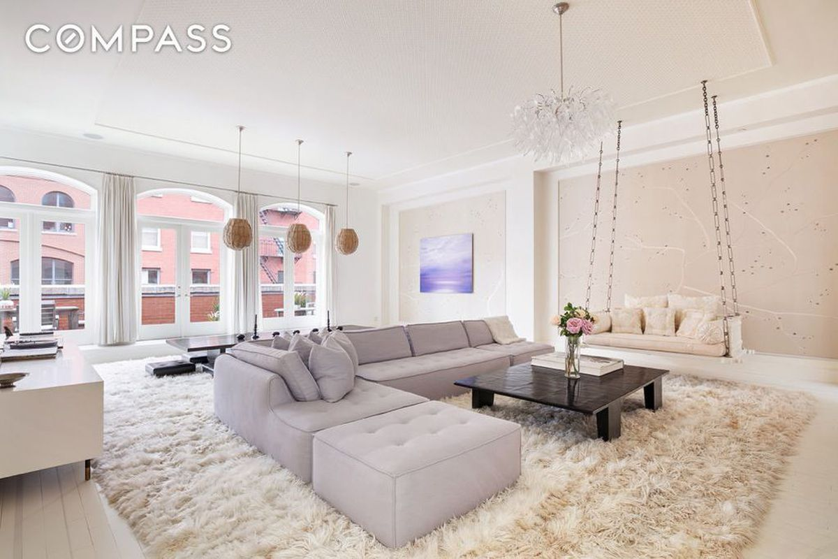Update On Bradys Room Orleans Parish >> Gwyneth Paltrow And Chris Martin S Tribeca Penthouse Sells For 10 7