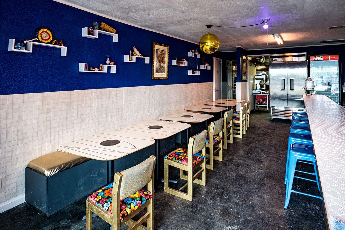 The table seating at Nixta Taqueria